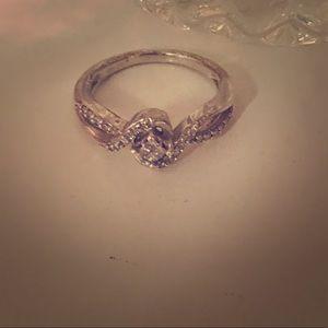 Jewelry - Sterling genuine diamond ring